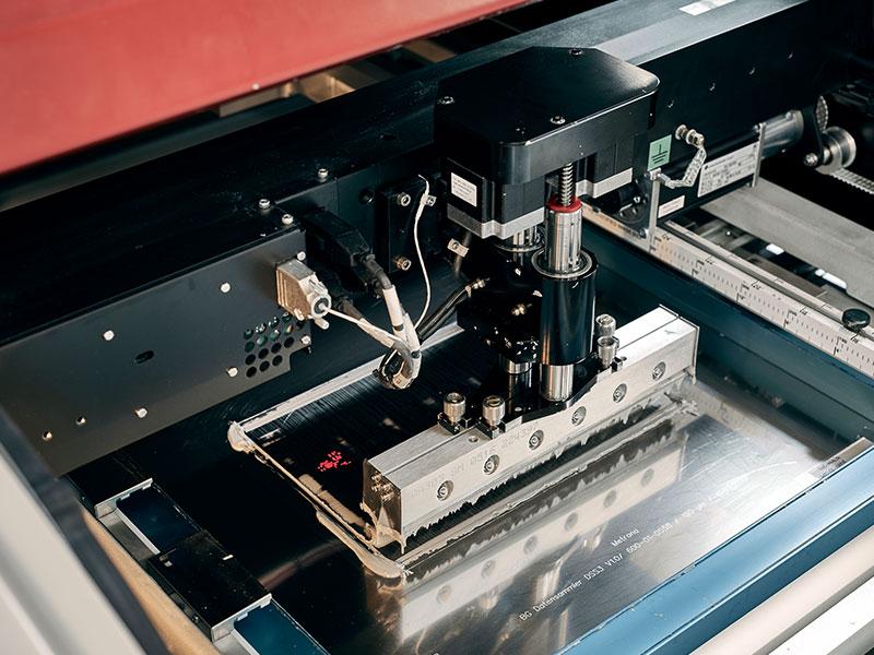 Leiterplattenbestückung Maschinenpark - automatische Pastenkontrolle des DEK Horizon 8 Schablonendrucker